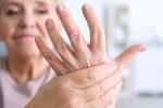 Khám, tư vấn và hỗ trợ điều trị bệnh lý cơ - xương - khớp ở người lớn tuổi